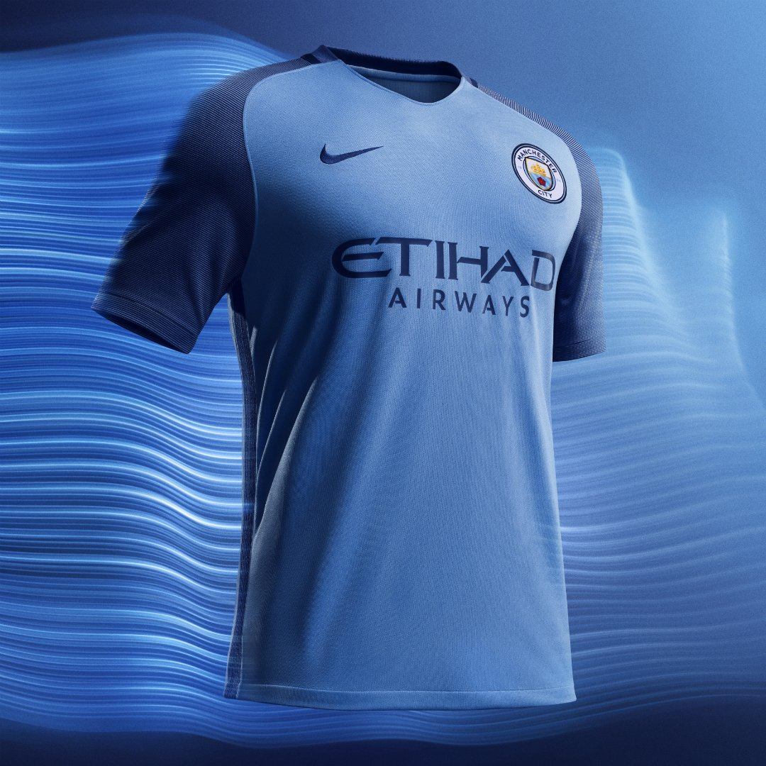 Manchester City presenta su nuevo uniforme 4f13891c42c70
