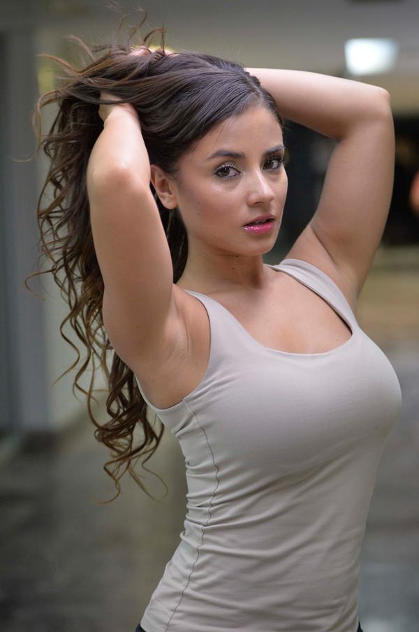 Claudia mexicana me mostro tetas y panocha al ver mi verga